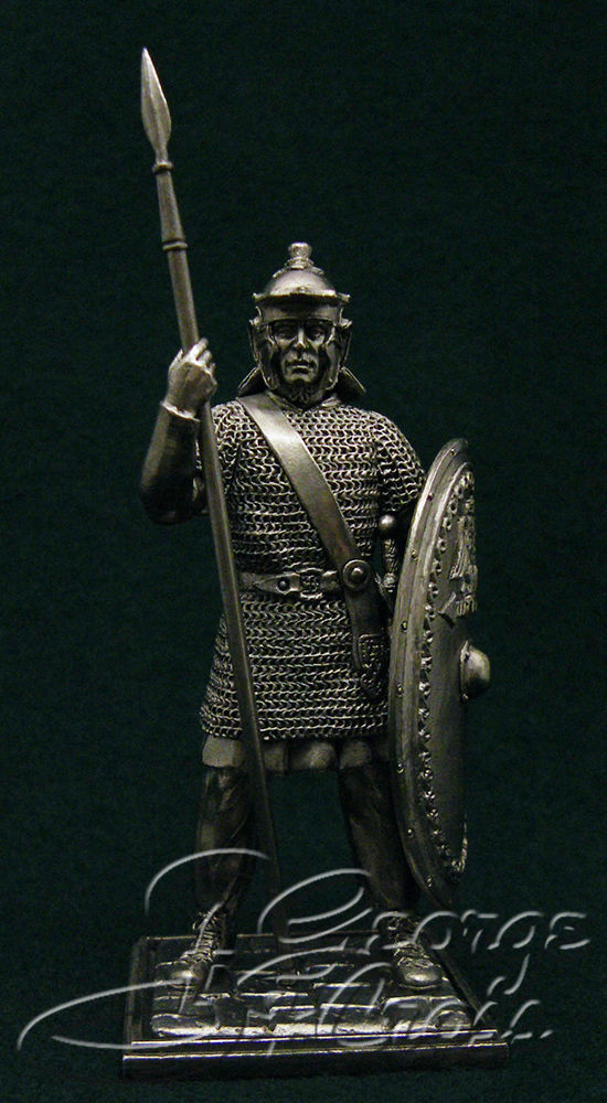 Legionary. End of Principate 200 AD; 54 mm