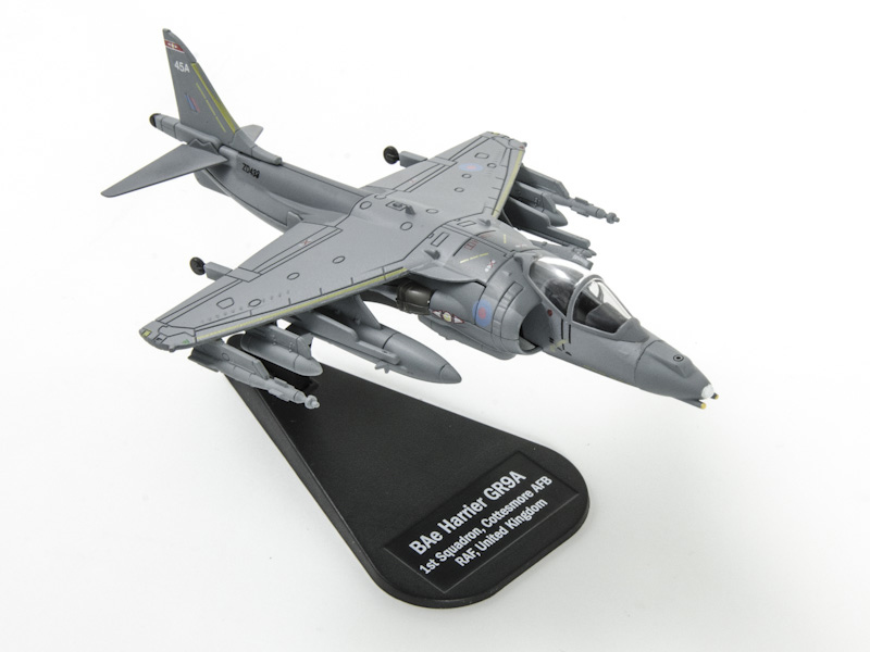 BAE Harrier II GR9; 1/100