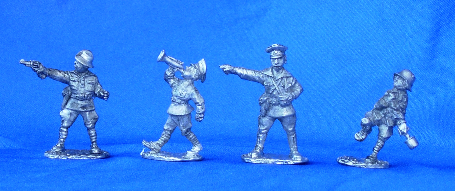 Boy Scouts, the command group; 28 mm