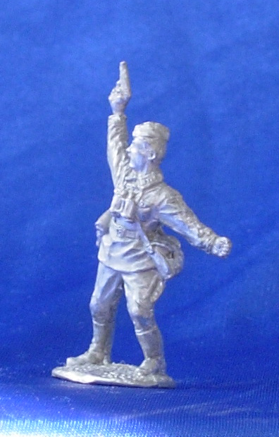 Soviet officer, 1941-1943; 28 mm
