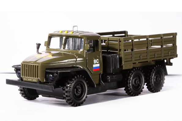 URAL-4320 - Russian military truck, 1/56