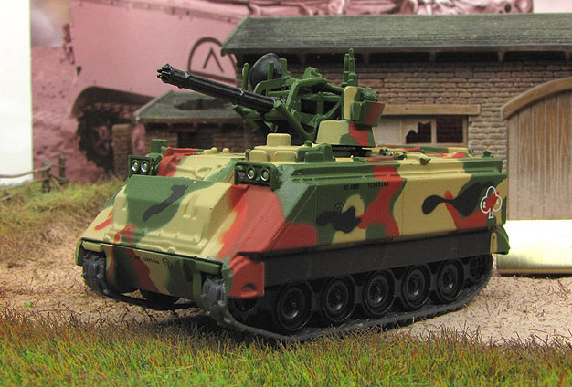M163A1 Vulcan - US self-propelled anti-aircraft gun; 1/72