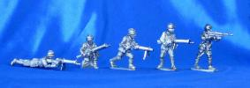 Polish light machine gunners; 28 mm